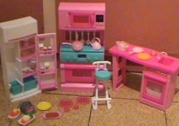 Kitchen on Barbie Kitchen   Barbie Play Kitchen